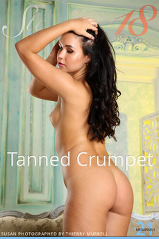 Tanned Crumpet