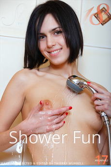 Stunning 18 Shower Fun Macy A