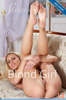 Stunning18 - Roxy G - Blond Girl by Antonio Clemens