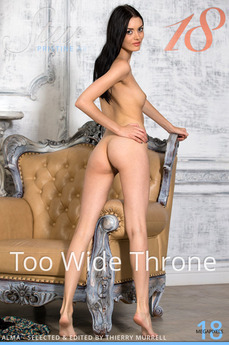 Too Wide Throne