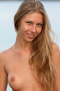Snejanna nude aka Katherine A from Metart and Sexart